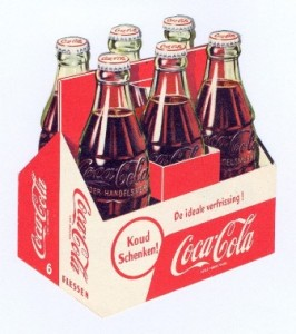 Eind 1954 deed het draagkarton zijn intrede op de Nederlandse frisdrankenmarkt.