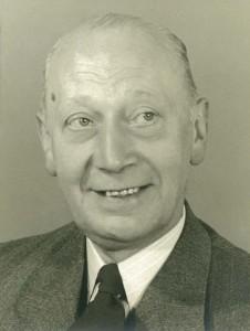 Ludolf Wietse [Lu] Hooghoudt (1896-1977) foto 1951